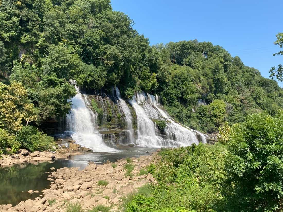 Two easy to see waterfalls near Nashville